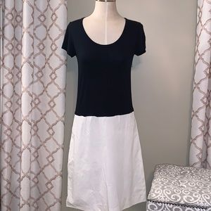 DKNY Black and White Short Sleeve Dress
